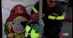 Pompieropoli, a Cosenza i bambini pompieri per un giorno