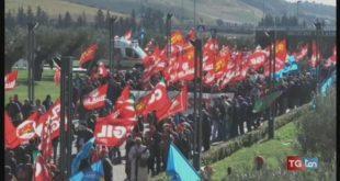 CGIL e UIL in piazza contro il governo regionale